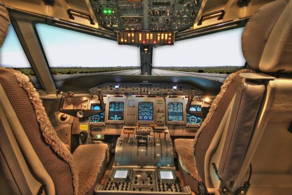 cockpit 100624 960 720