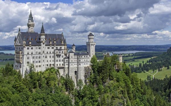 neuschwanstein castle 467116 960 720