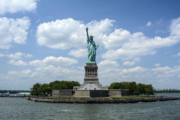statue of liberty 1075752 960 720